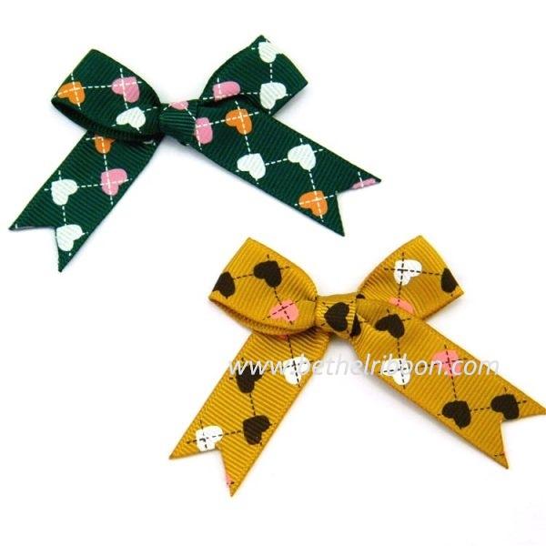 custome grosgrain ribbon bows