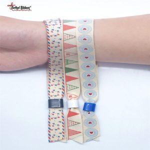 ribbon wristband application (1)